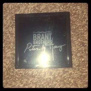 Mac x Brant brothers 4 pan eyeshadow palette
